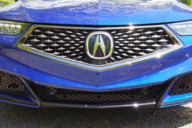 2018-Acura-TLX-A-Spec-Grille-03.jpg